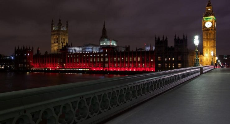 UK Foreign Office and DfID go red for persecuted Christians